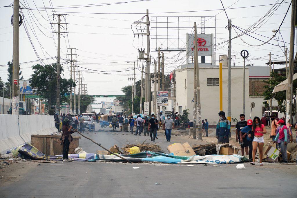 Nuevas protestas de trabajadores agrarios por falta de acuerdo sobre ley agraria