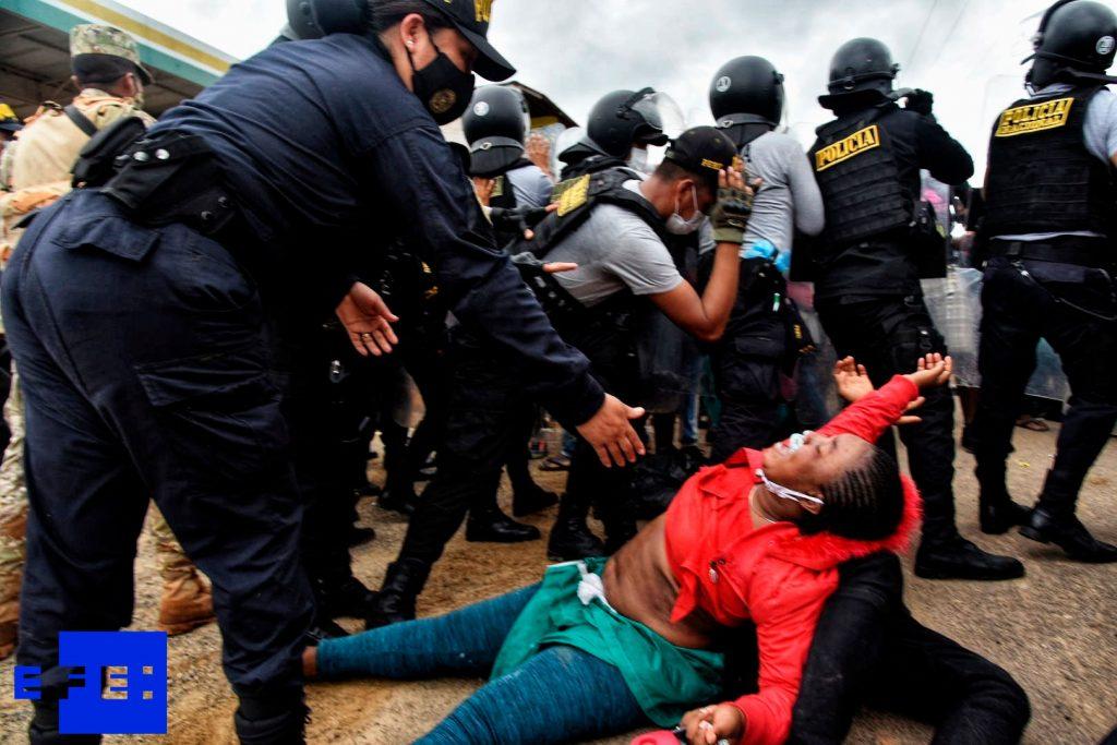 Tensión y violencia en la frontera Perú-Brasil por caravana migrante